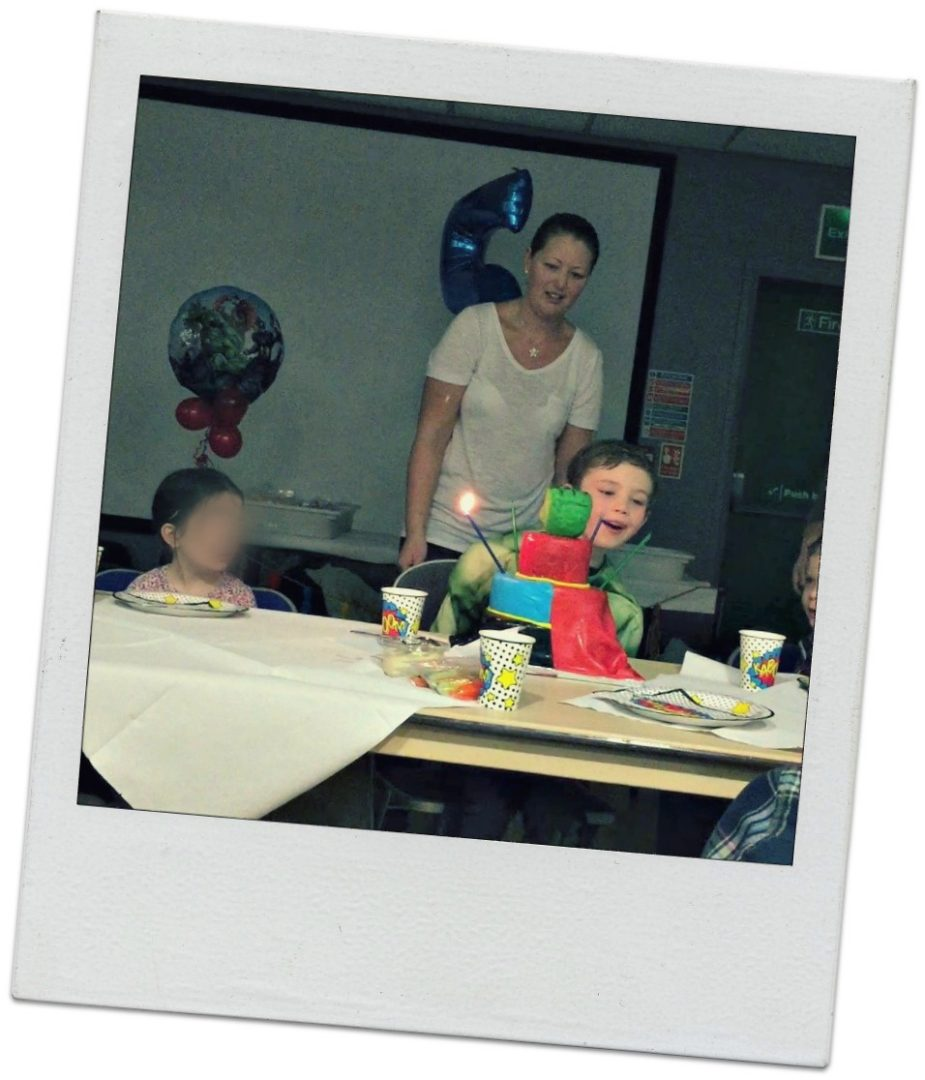 5th birthday party superhero cake