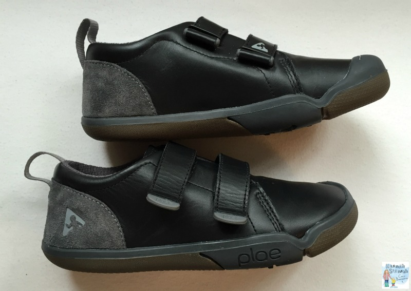 Plae barefoot school shoes which school shoes