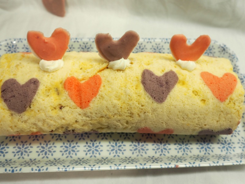heart roulade bake off
