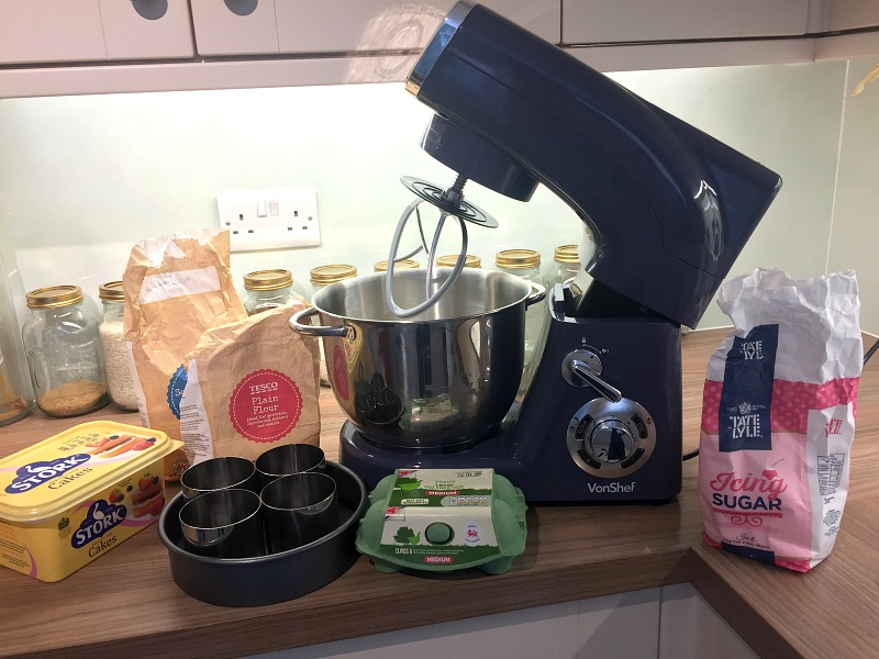 great bloggers bake off final vonshef stand mixer domu